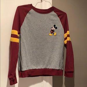 Disney Medium Mickey sweatshirt no pills or holes